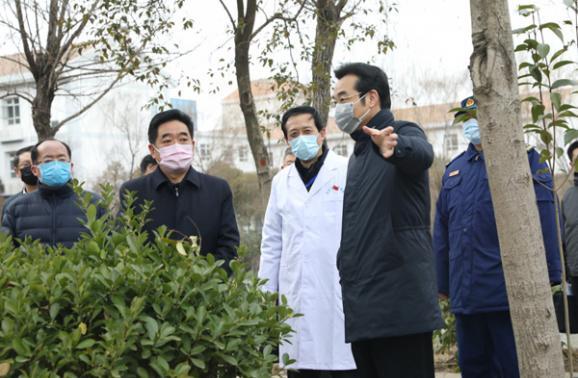 市委書記張愛軍到市傳染病醫院調研 表揚華夏集團積極參加病區援建工作